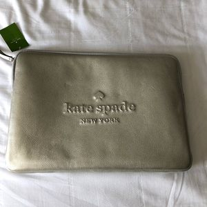 Kate Spade Larchmont Avenue Logo laptop Case